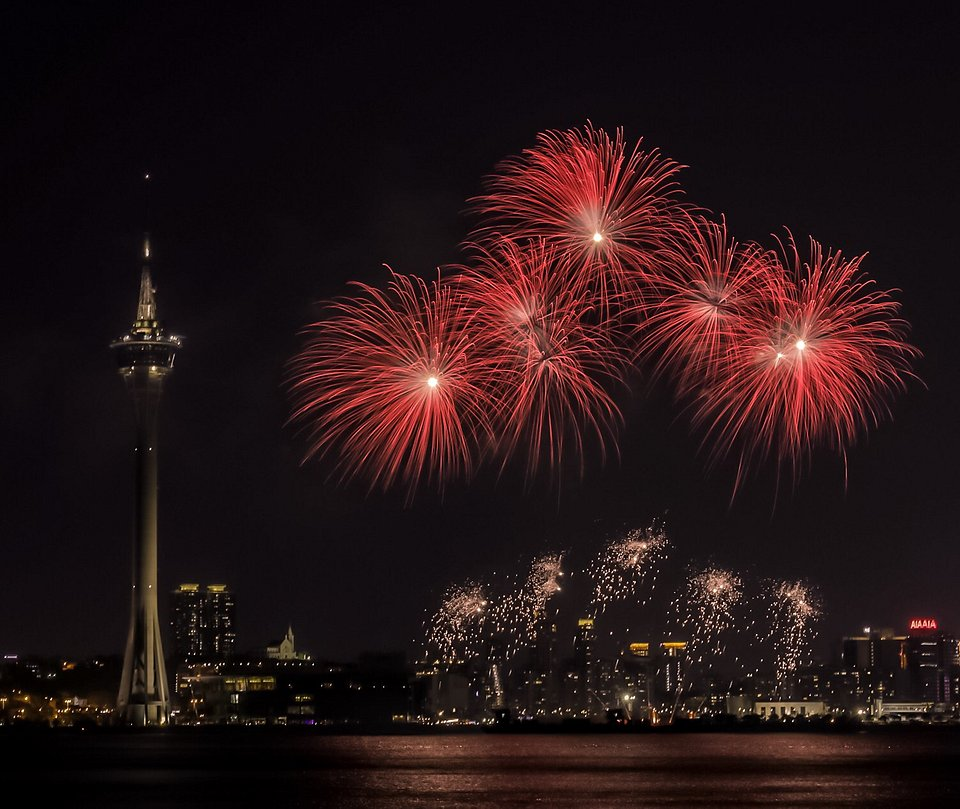 Vibrant red color captured during the Macau International Fireworks Display Contest (Rommel De Castro/AGORA images) (Rommel De Castro/AGORA images)