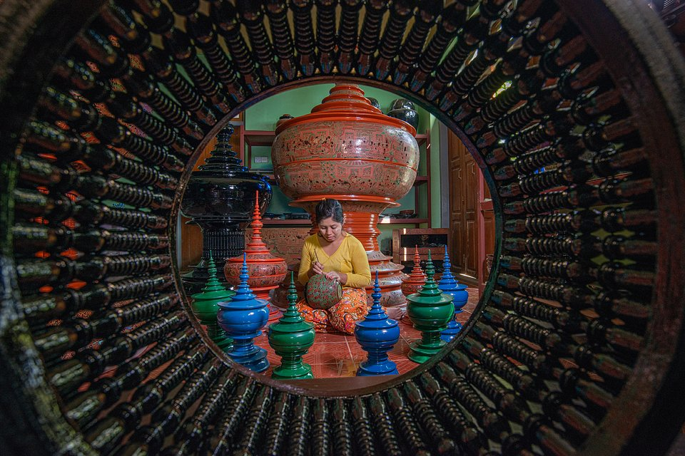 Lacquerware is one of Myanmar's traditional handicrafts, with a very unique style and a long tradition dating back to the 13th Century.(Phyo Moe/AGORA images)