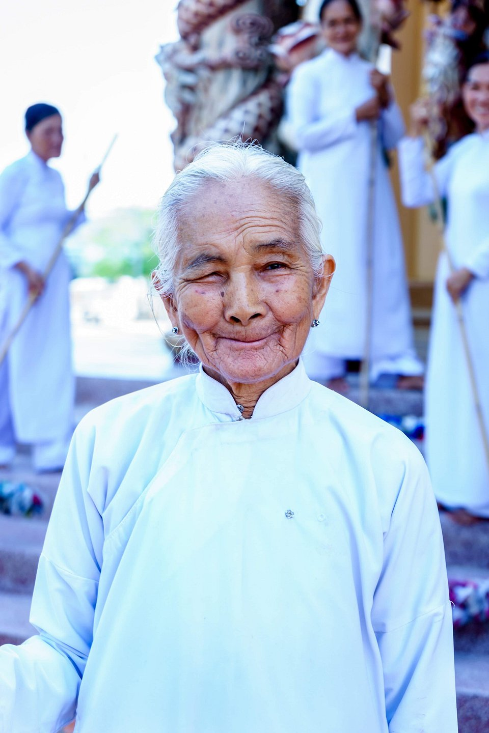 The photographer spotted this grandmother during a visit to the Tây Ninh temple (Andy Lam/AGORA images)