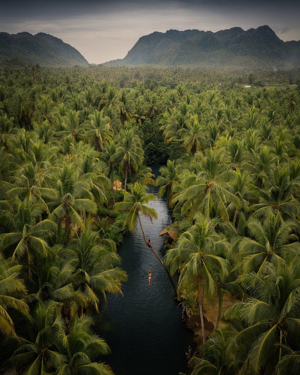 📍Siargao island, Philippines (Lee Mumford/AGORA images)