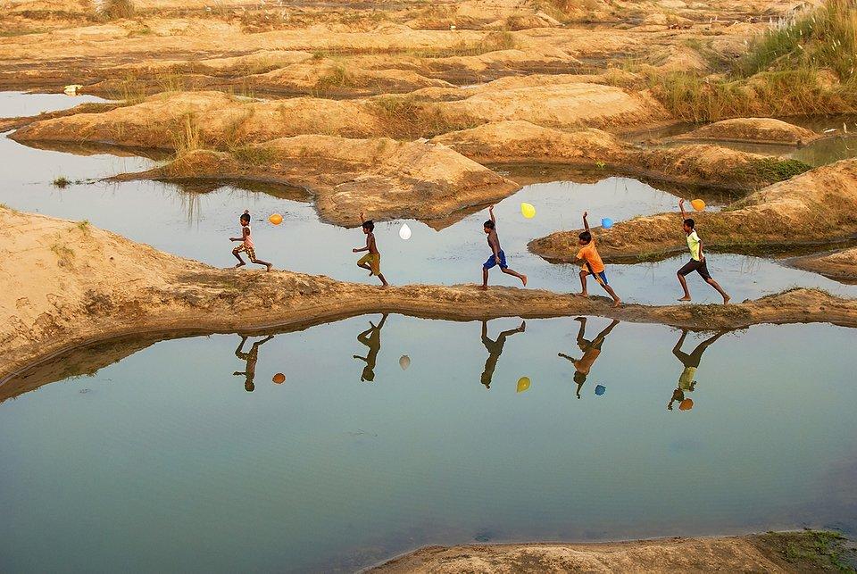 (Sujit Saha /AGORA images)
