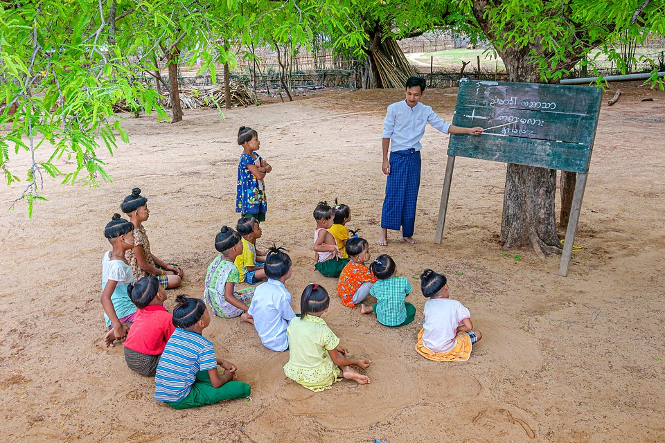 A typical lecture in Myanmar. The education system has always been at a bare minimum, but is now starting to improve. (Phyo Moe/Agora)