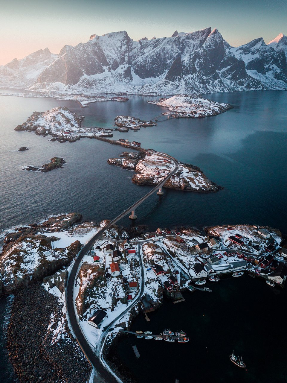 This incredible show captures the extent of the E10 highway that snakes throughout the Lofoten archipelago. (Lee Mumford/Agora)