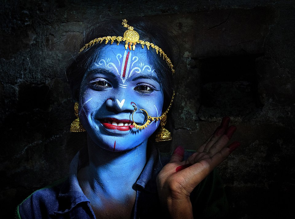 'Gajon' is a ritual celebrated in Bengal, India that involves having individuals paint their faces to act out mythological Hindu roles. (Pranab Basak/Agora)