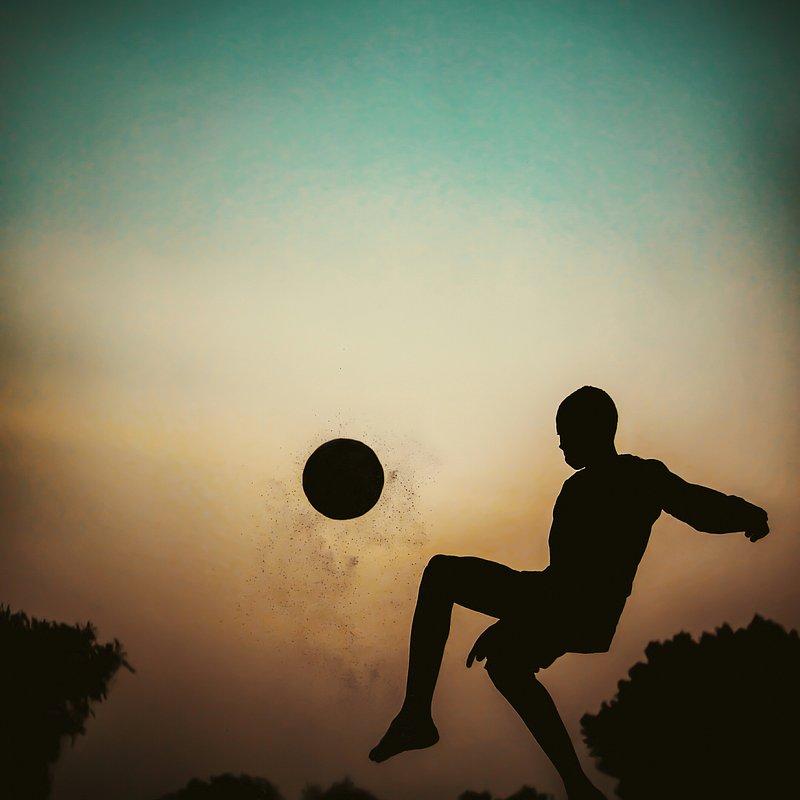 PORTFOLIO Michael Aboya'Kickoff, the sunset won't wait'(Michael Aboya:Agora).jpg