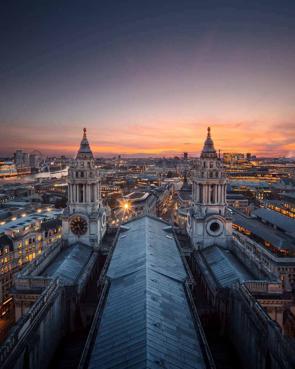 Location: St Paul's Cathedral, London