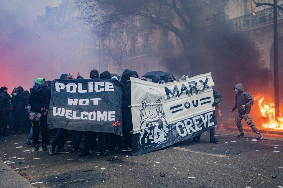 Location: Paris, France