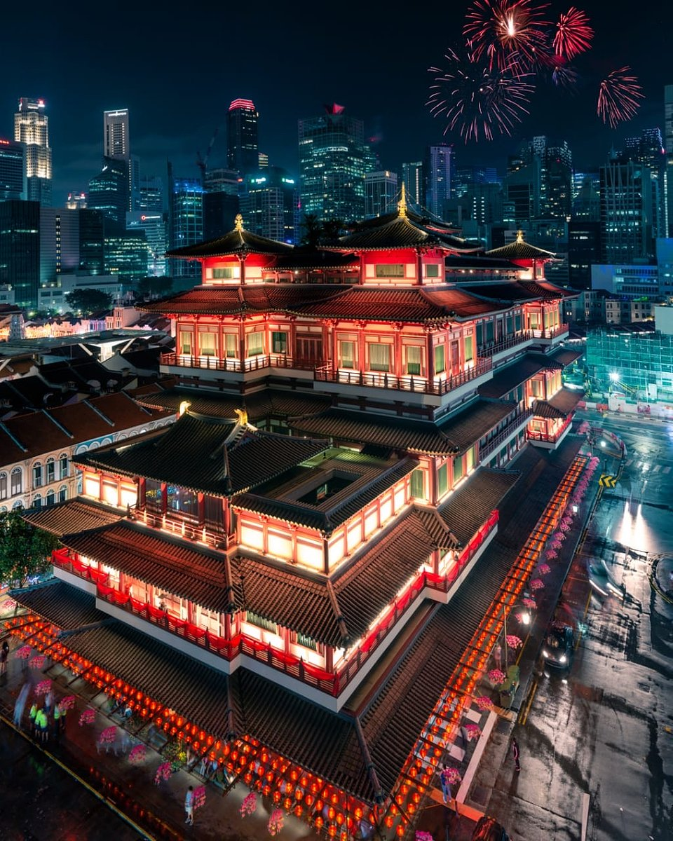 Location: Buddha Tooth Relic Temple, Chinatown, Singapore