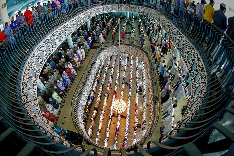 Location: Baitul Mukarram Mosque, Dhaka, Bangladesh