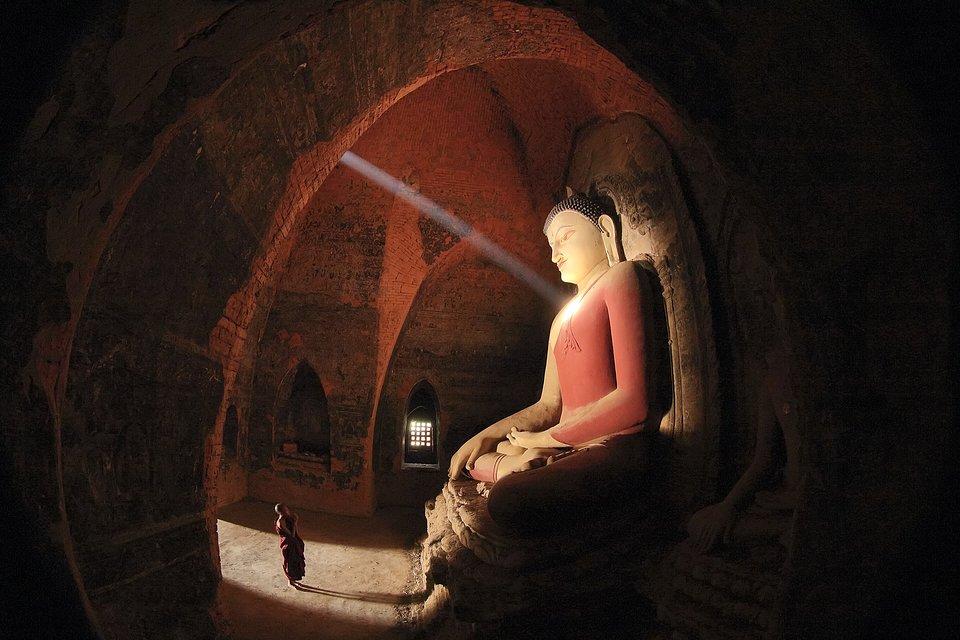 Location: Pahtotharmyar Temple, Bagan, Myanmar