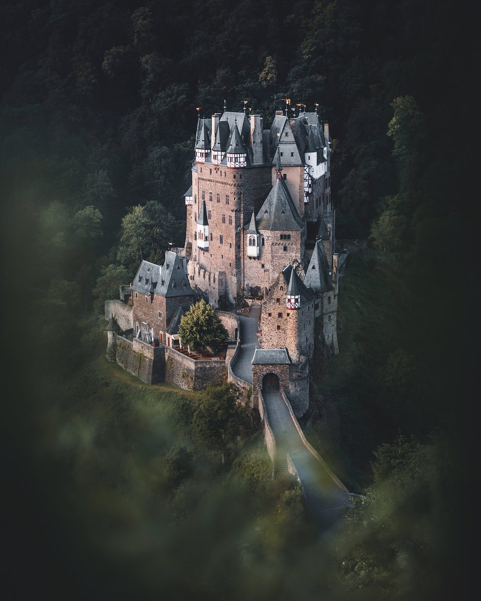 Location: Eltz Castle, Mayen-Koblenz, Germany