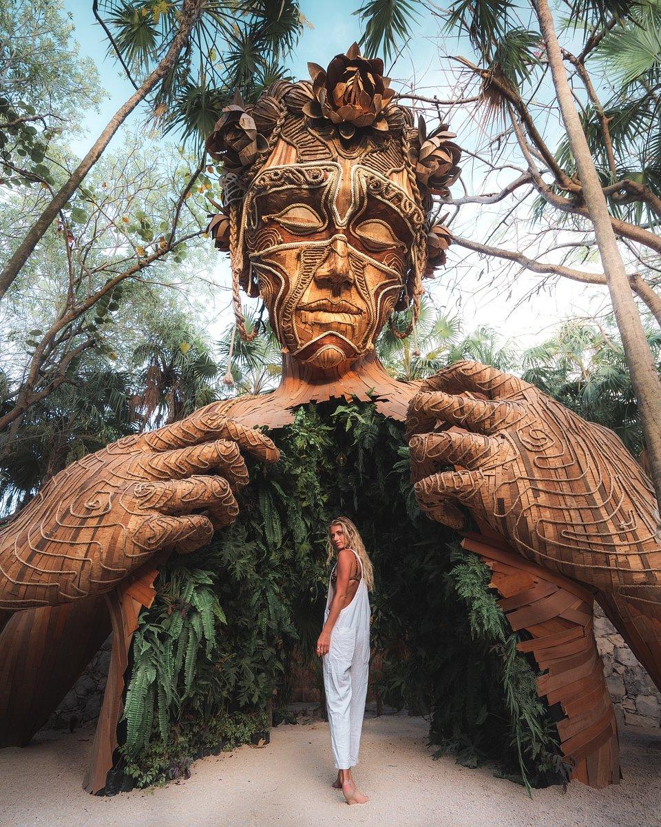 Location: Ven a la Luz, Ahau Tulum Resort, Mexico