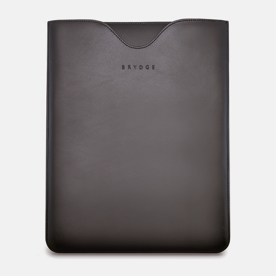 Sleeve 13-inch - Black 1.png