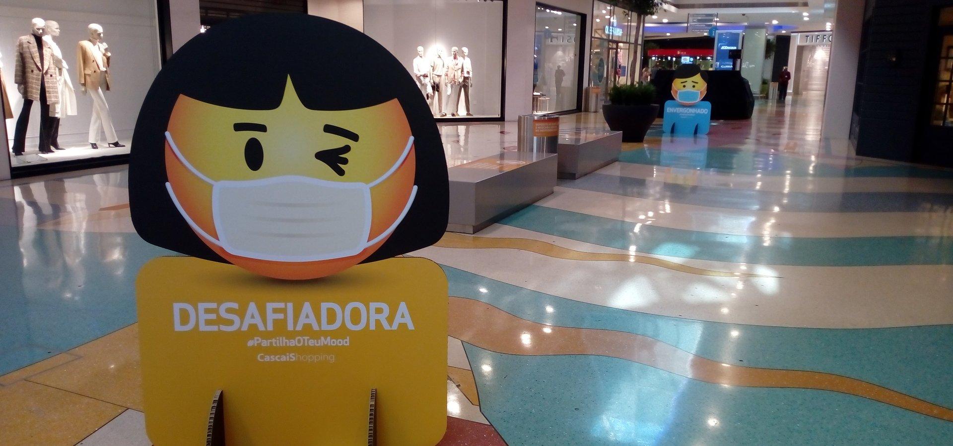 #PartilhaOTeuMood com divertidos Emojis no CascaiShopping