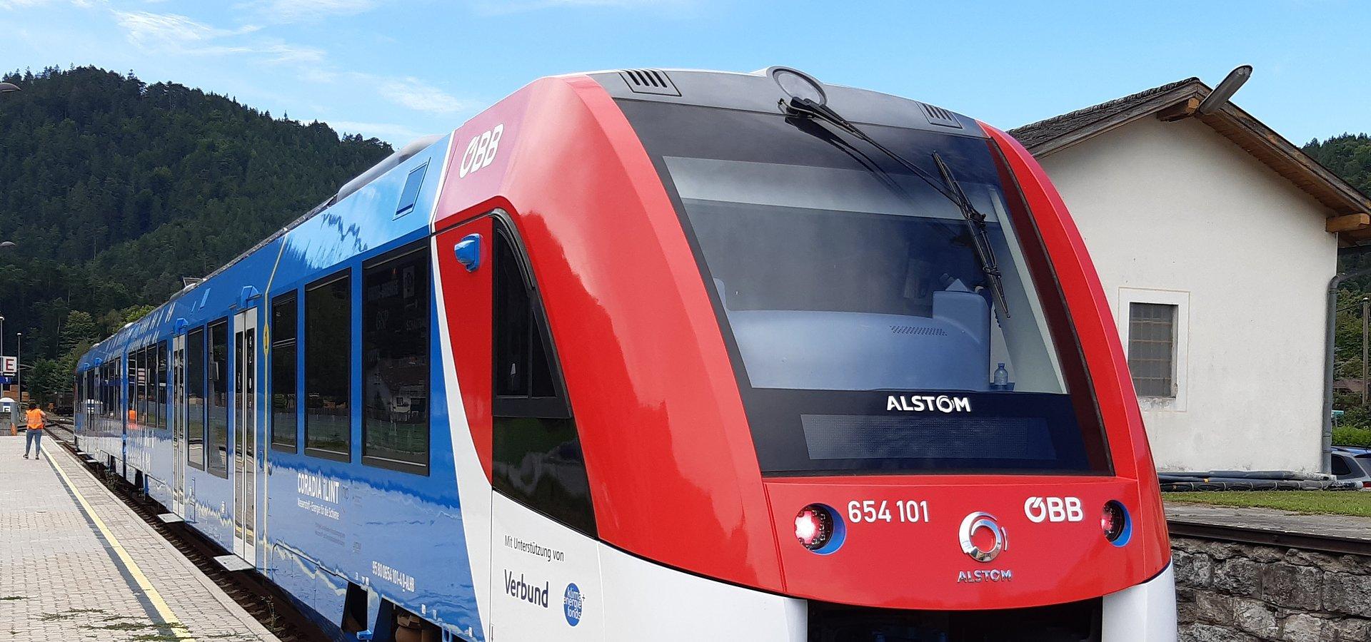Pociąg wodorowy Alstom rozpoczyna regularną obsługę pasażerską w Austrii