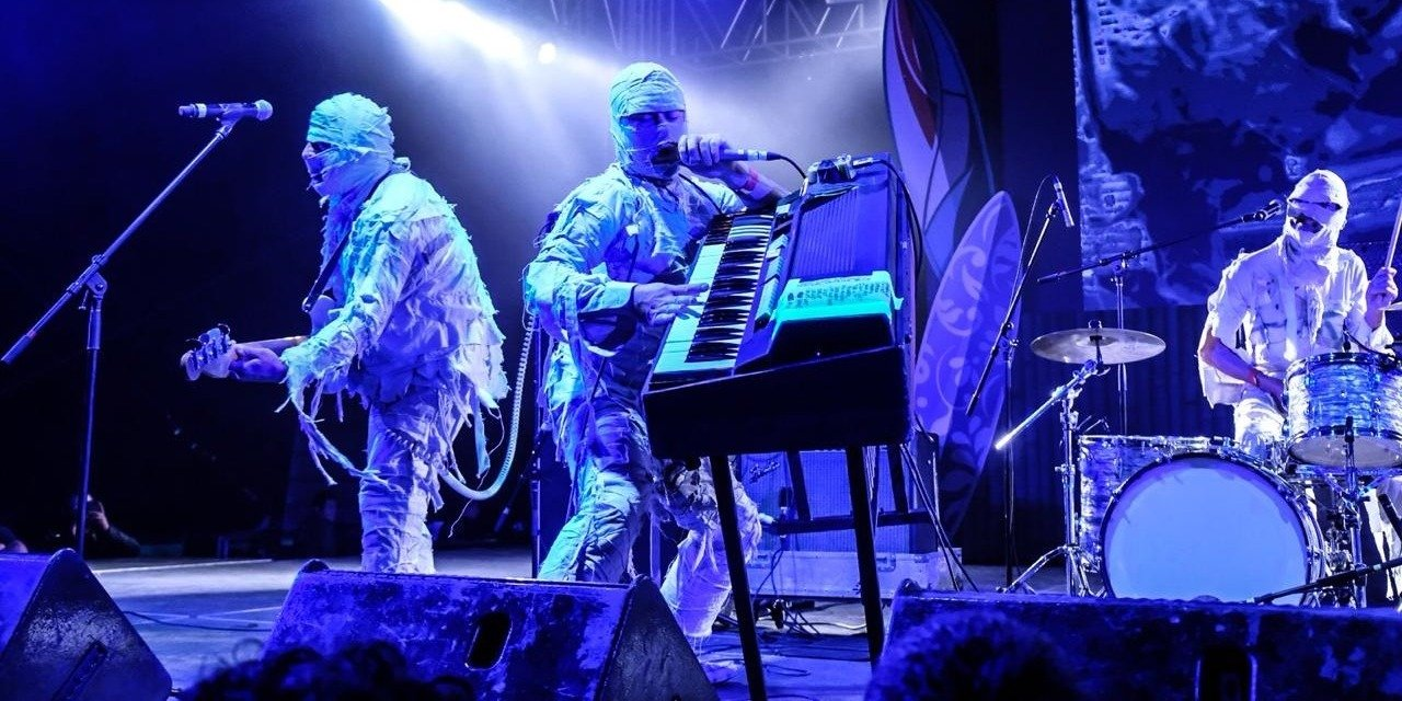 The Mummies en vivo en un show IRREPETIBLE