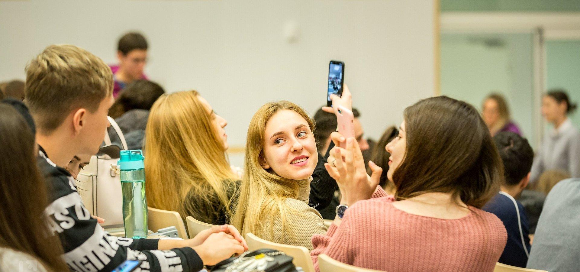 UŁ poszerza wsparcie dla studentów z Białorusi