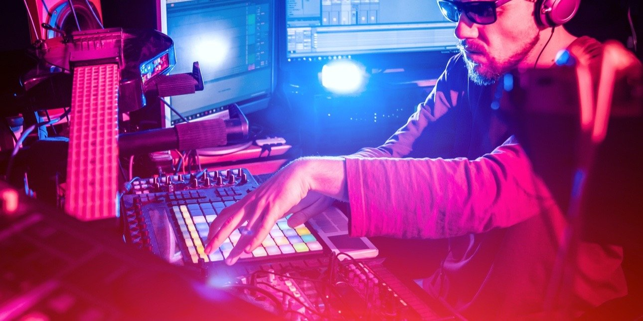 IFPI: Branża muzyczna zapewnia 2 miliony miejsc pracy i wnosi 81,9 miliarda euro rocznie do gospodarki UE i Wielkiej Brytanii – wynika z raportu Oxford Economics