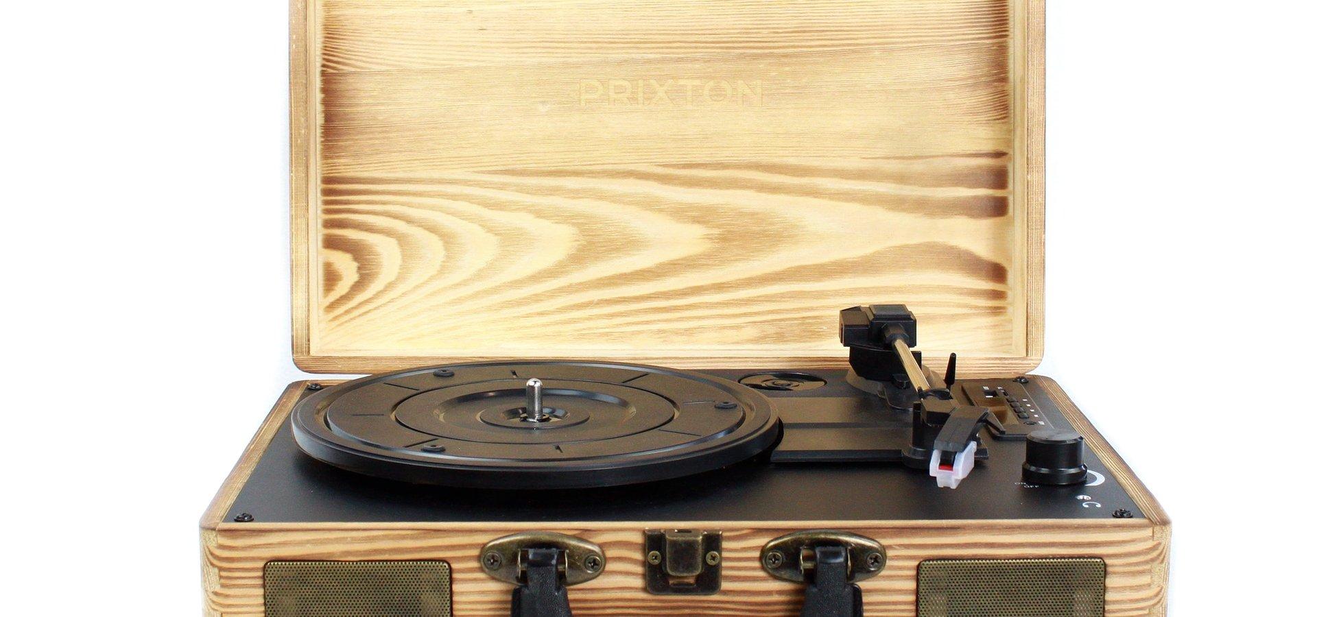 Este Natal oiça música num gira-discos vintage a um preço bombástico