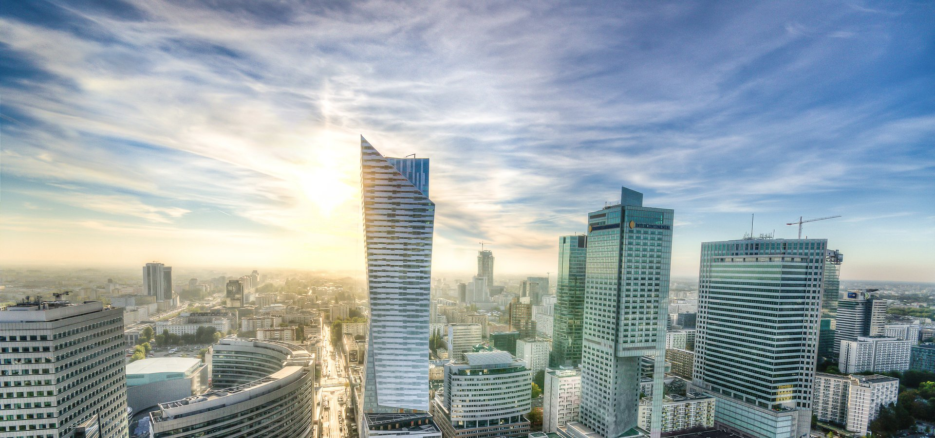 PINK releases data on the office market in Warsaw for Q4 2020