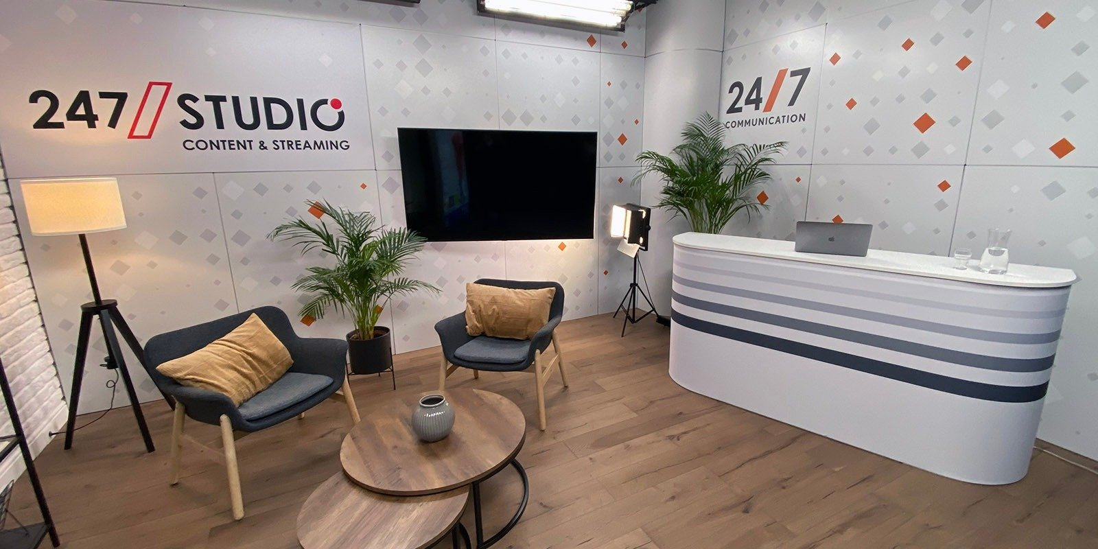 247Communication uruchamia swoje studio broadcastowe