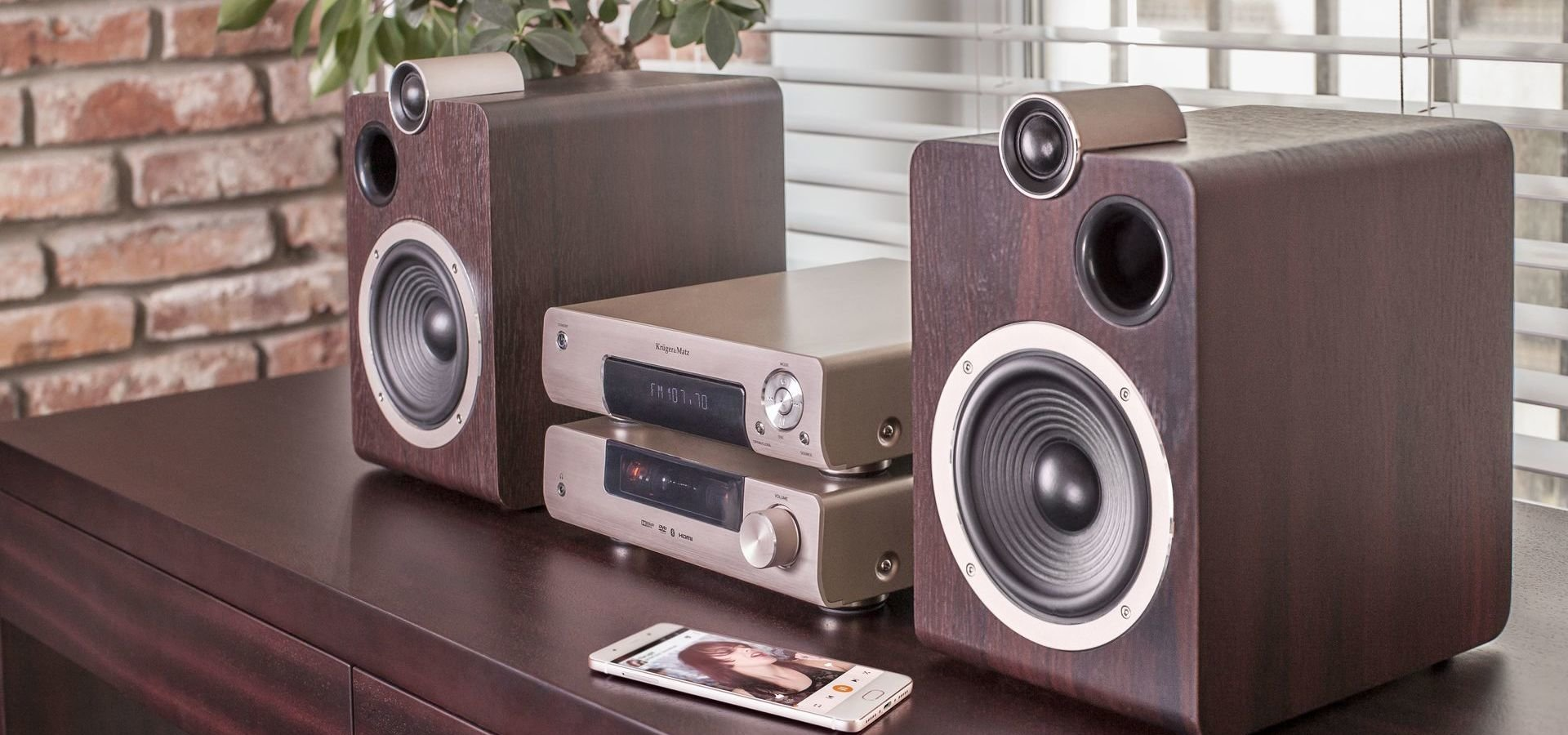 Doskonały dźwięk w stylowej oprawie, czyli nowy system audio od Kruger&Matz