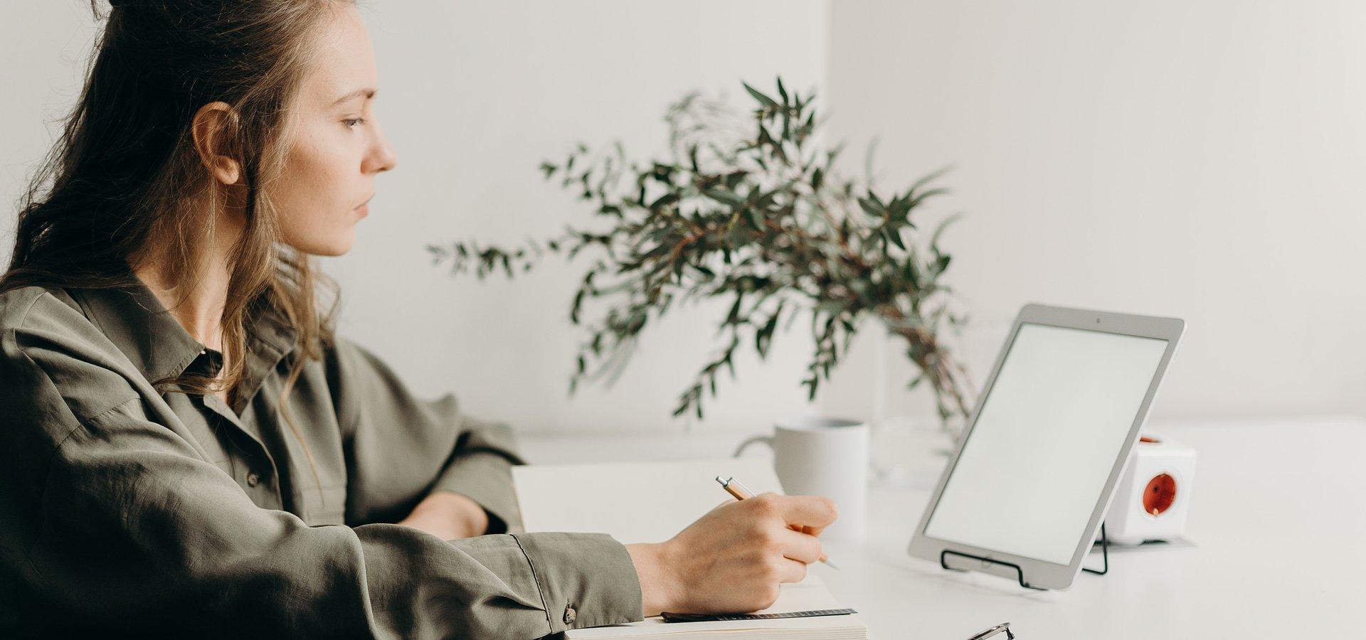 Pracownik w centrum zainteresowania, czyli wellbeing w praktyce. Sprawdź, jak robią to liderzy