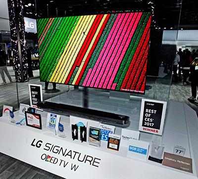 """Telewizor LG Signature W7 – """"Najlepszy z najlepszych"""" na CES 2017"""