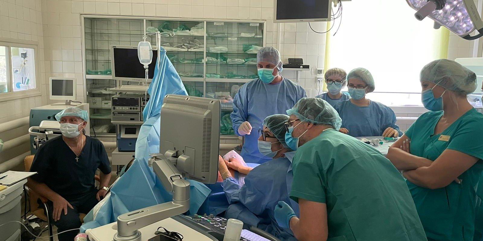 Operacja krytycznej stenozy zastawki aortalnej – nowy rozdział w UCZKiN