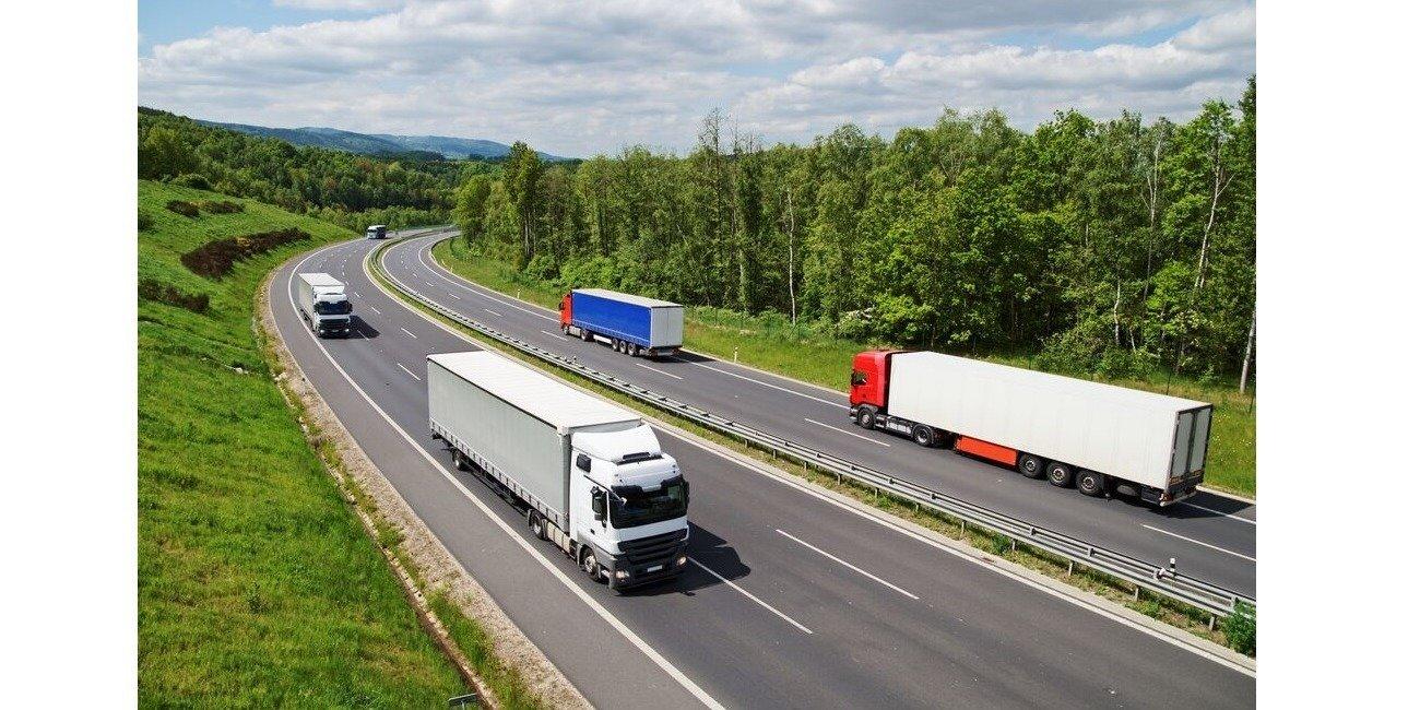 Korzyści dla floty samochodów ciężarowych dzięki nowym olejom Shell Rimula R7