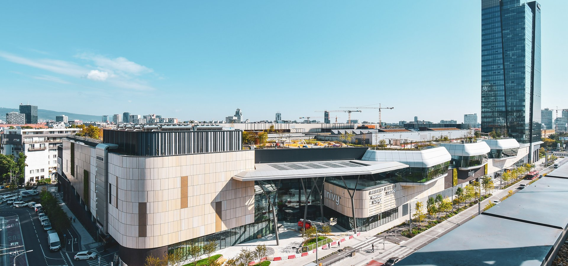 Multifunctional Nivy mall by HB Reavis welcomes almost 330,000 visitors in its first week