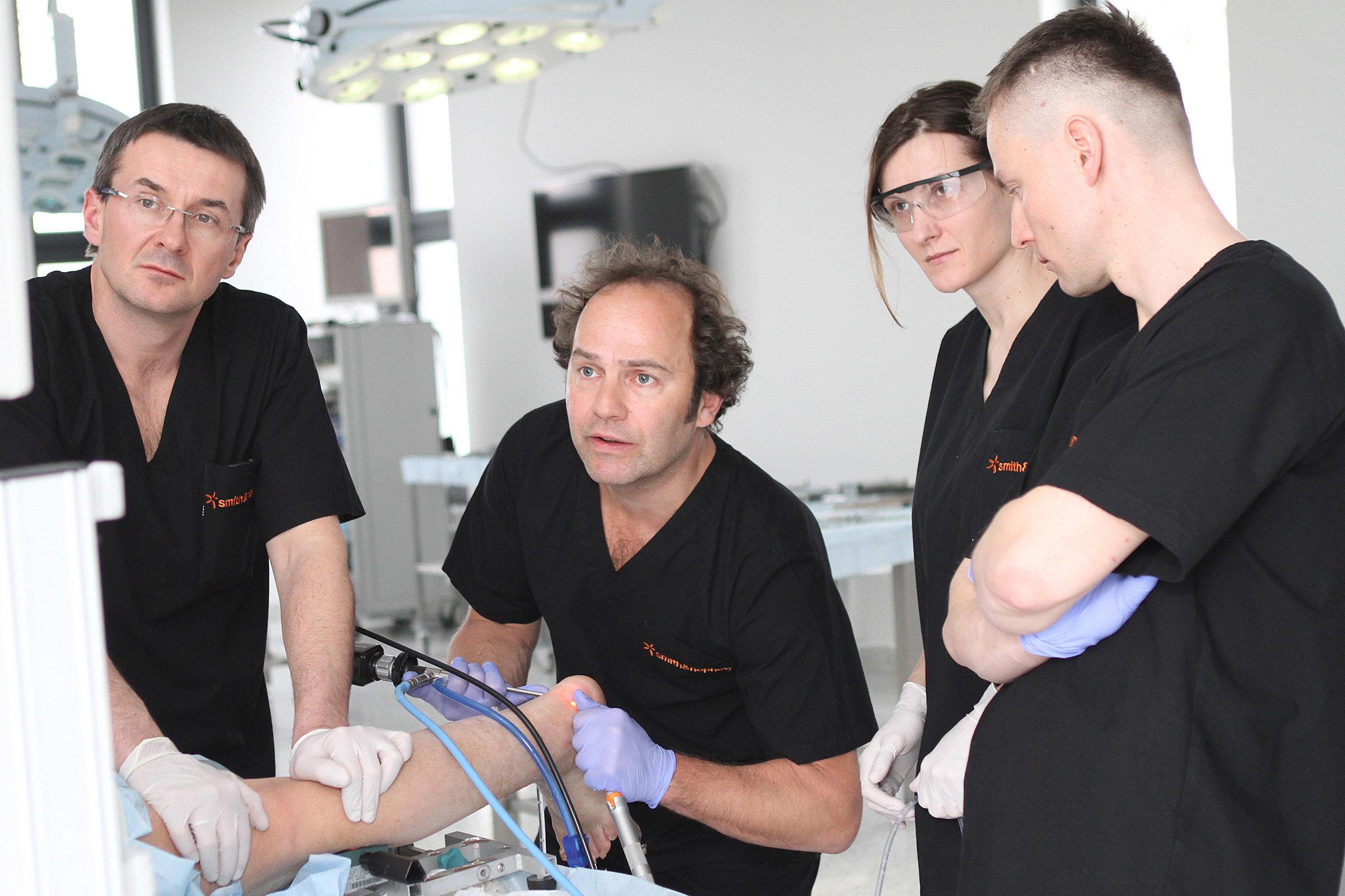 Rehasport Clinic rozwija autorską metodę rekonstrukcji ścięgna Achillesa