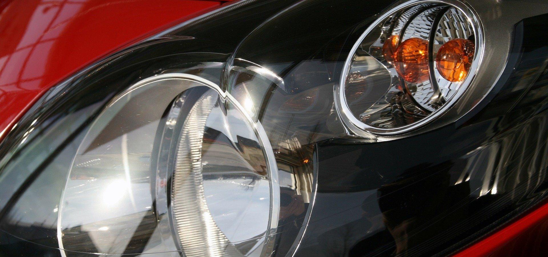 Helios zdobywa kolejny przyczółek w Europie. Nowa odsłona witryny Renault UK