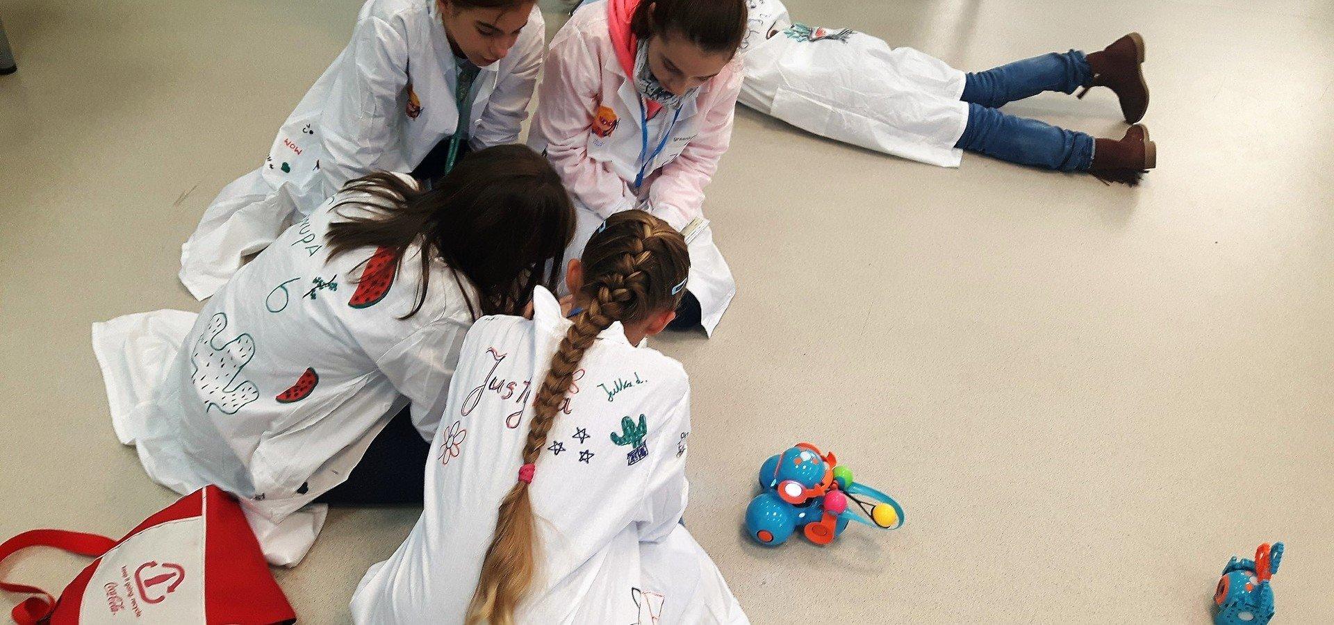 Zielone światło dla dziewcząt w świecie technologii. W Krakowie odbyła się trzecia edycja Greenlight for Girls Day.