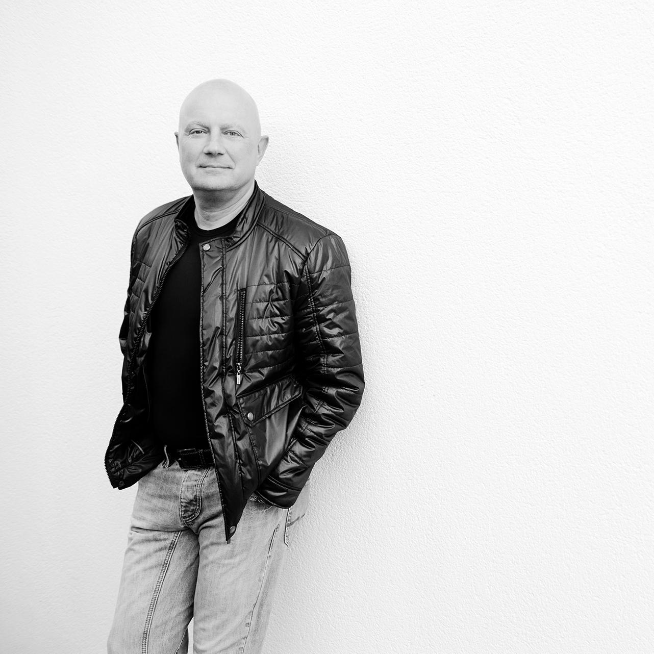 Morten Georgsen - projektant systemów regałowych BoConcept