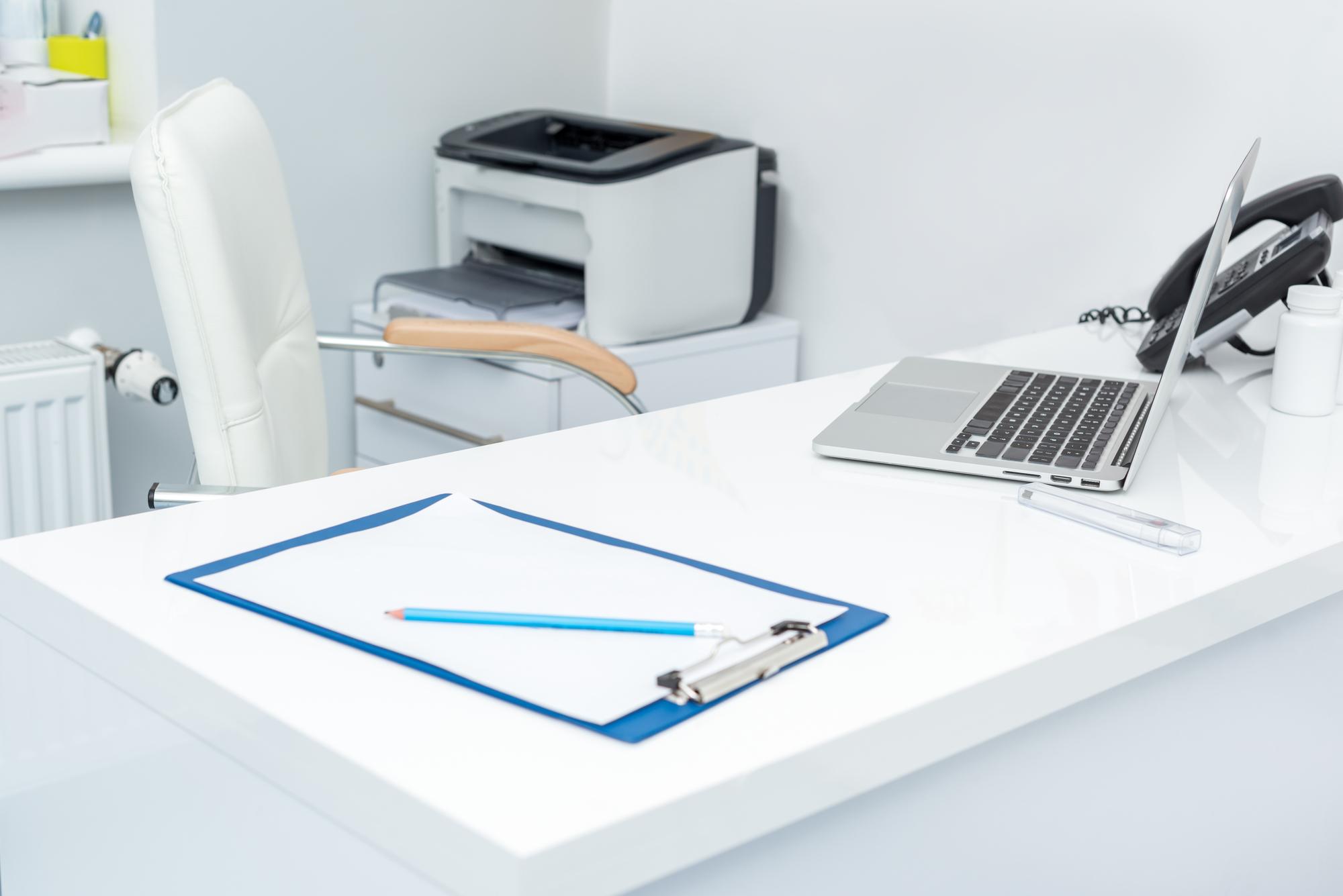 Jak zabezpieczyć drukarkę i tonery?