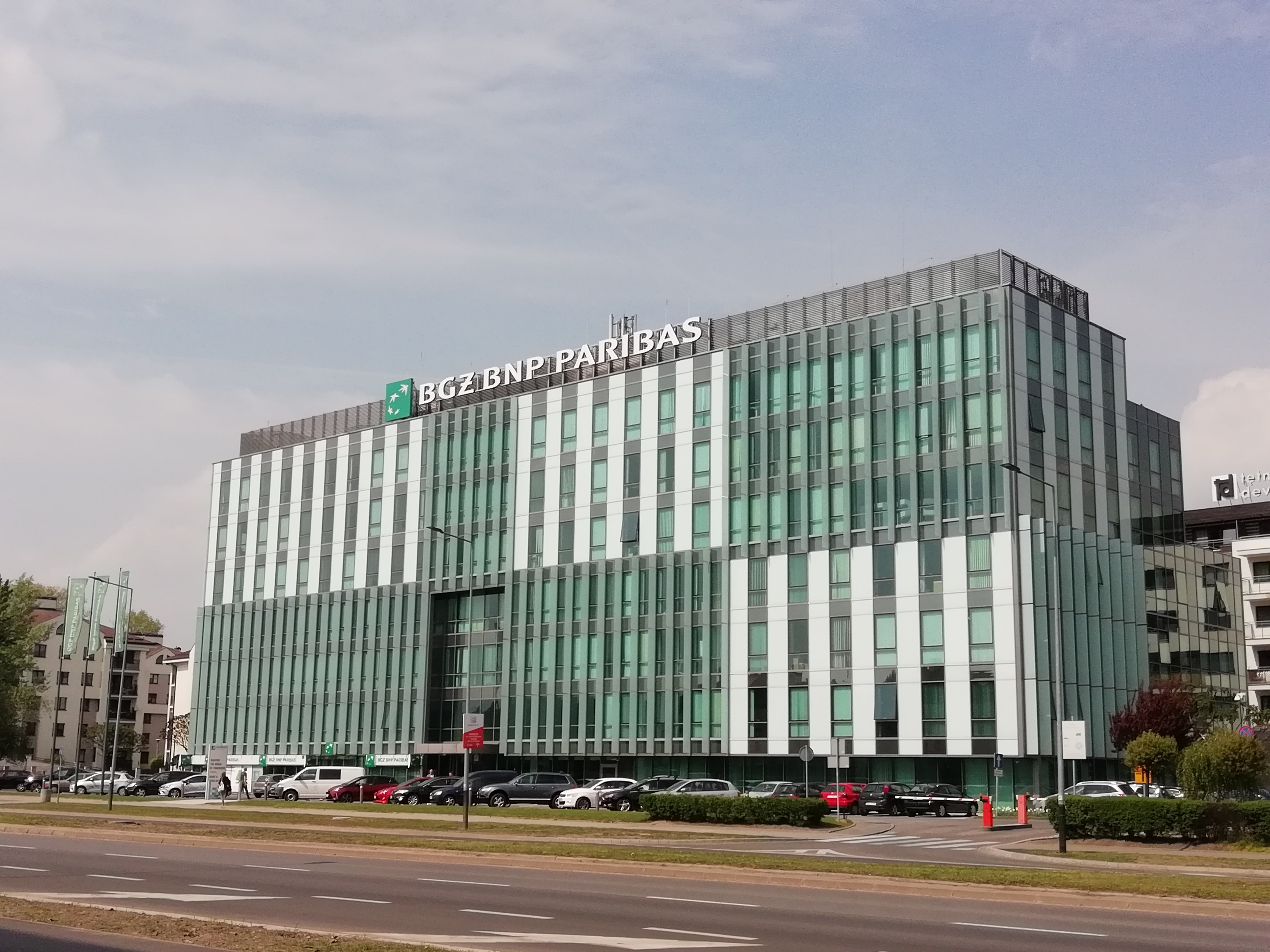 BGŻ BNP Paribas bank to stay in Avatar for longer