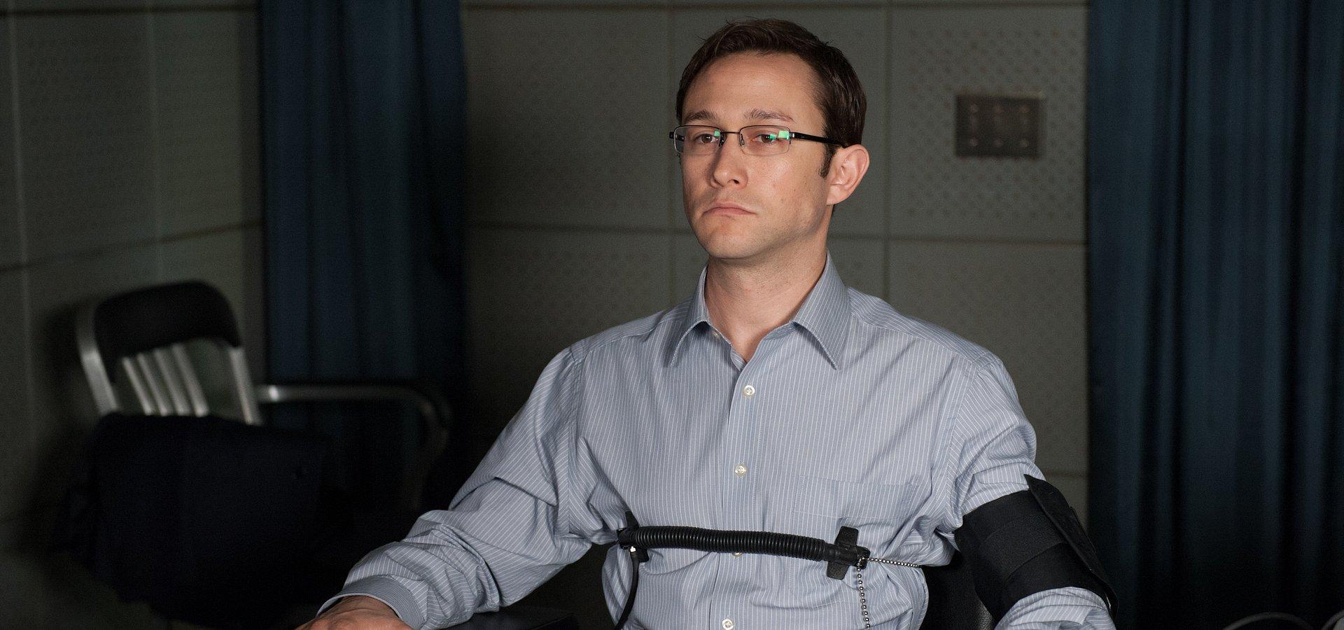 """""""Snowden"""", """"Planetarium"""" i """"Zagubieni"""" w listopadzie w cyklu """"Miesiąc z historią"""" w Ale kino+"""