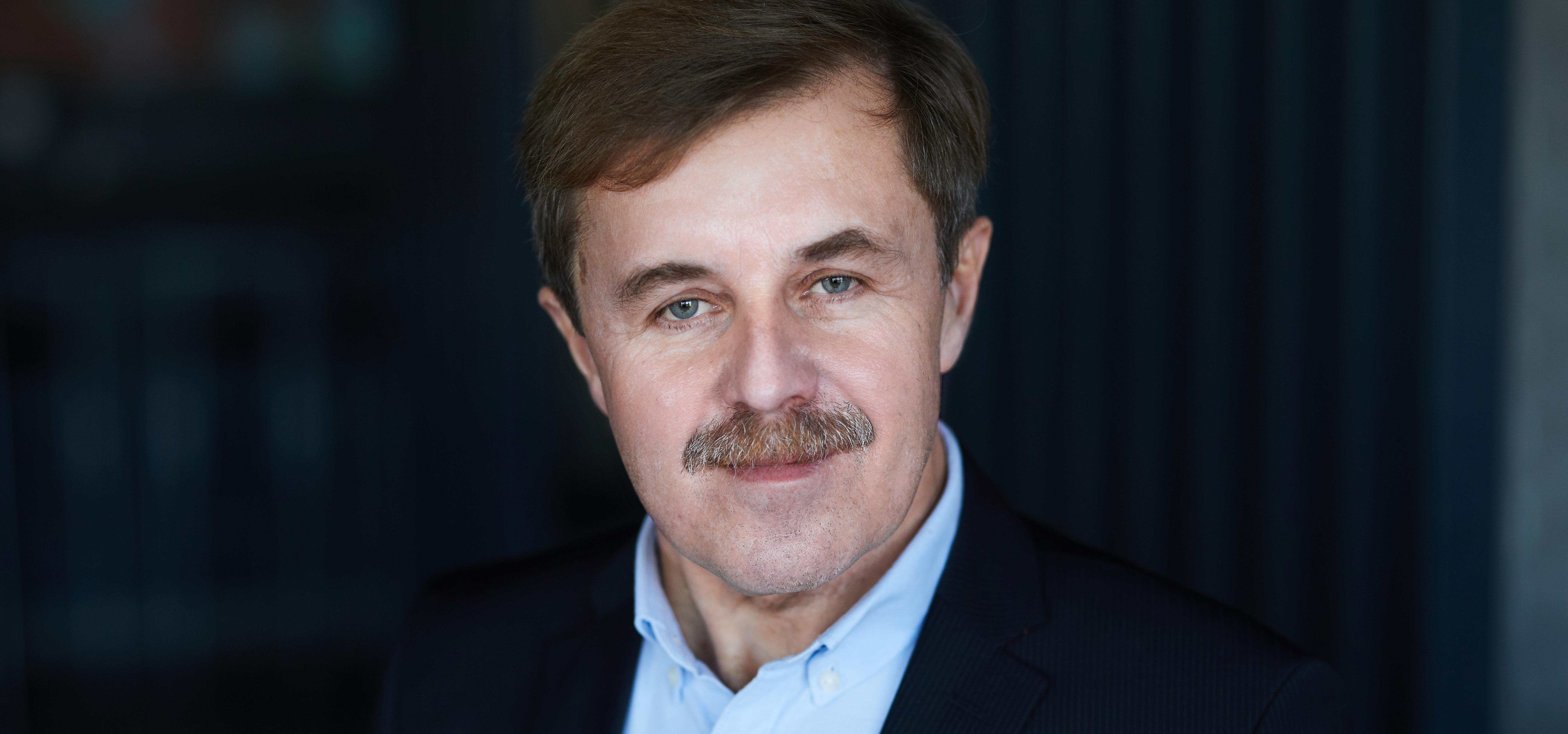 prof. dr hab. inż. Cezary Orłowski