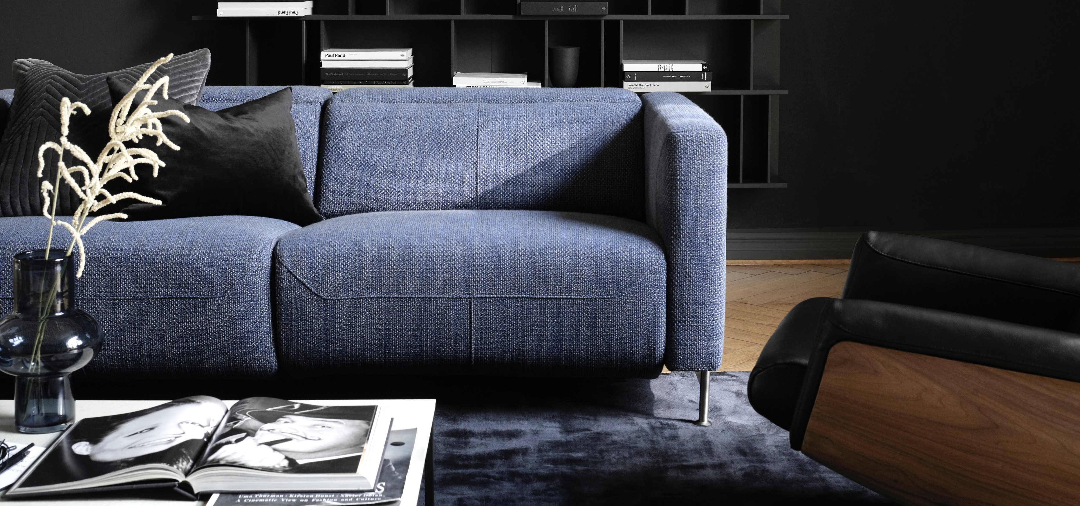 BoConcept zmienia zasady z nową elektryczną rozkładaną sofą Parma