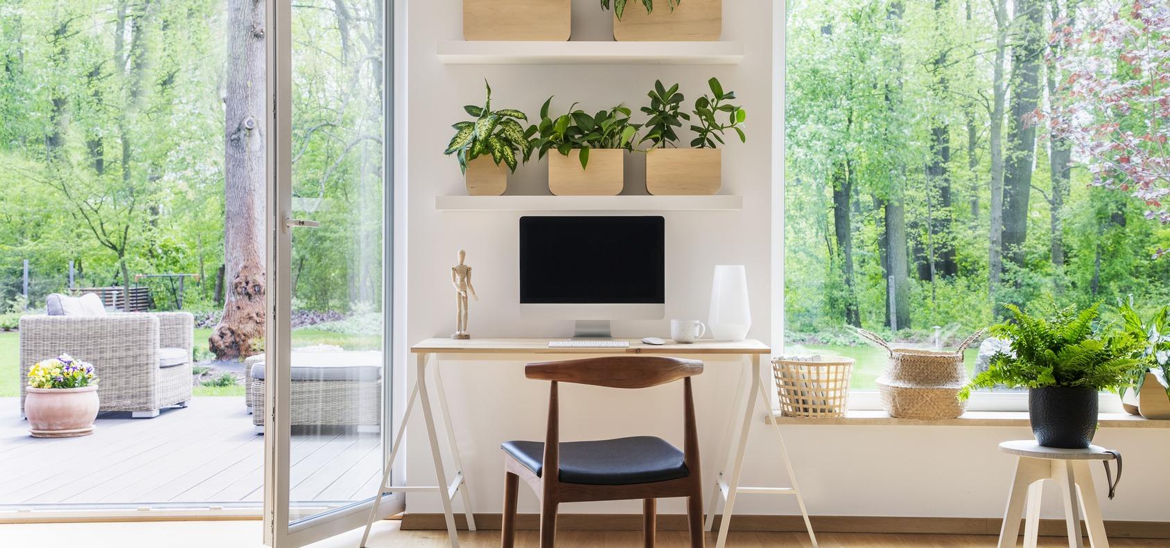 Luz, komfort i światło! Jak urządzić home office
