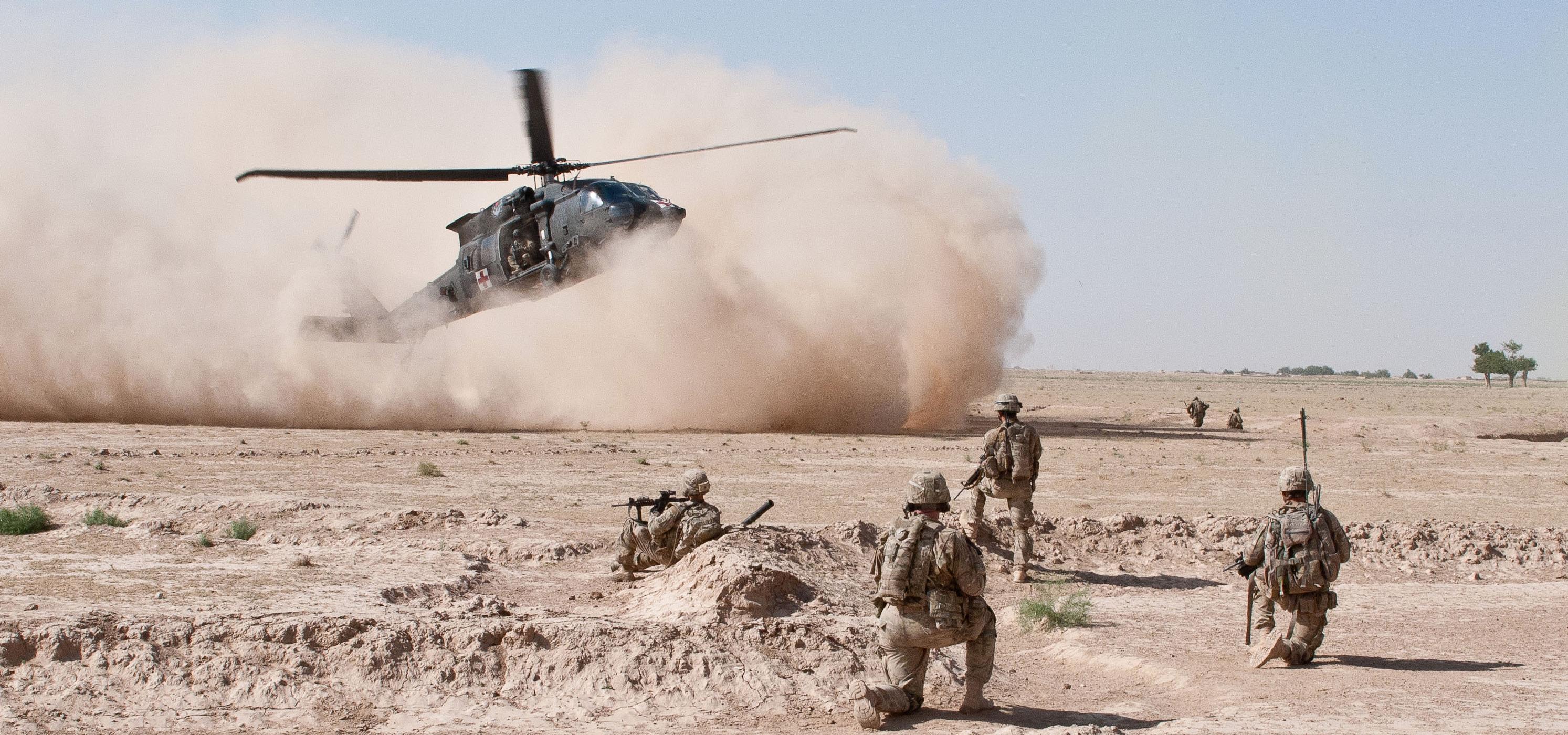 """Weź udział w prawdziwej wojskowej misji i przekonaj się, co znaczy walka na śmierć i życie. """"Krwawa szkoła"""" w styczniu na kanale National Geographic"""