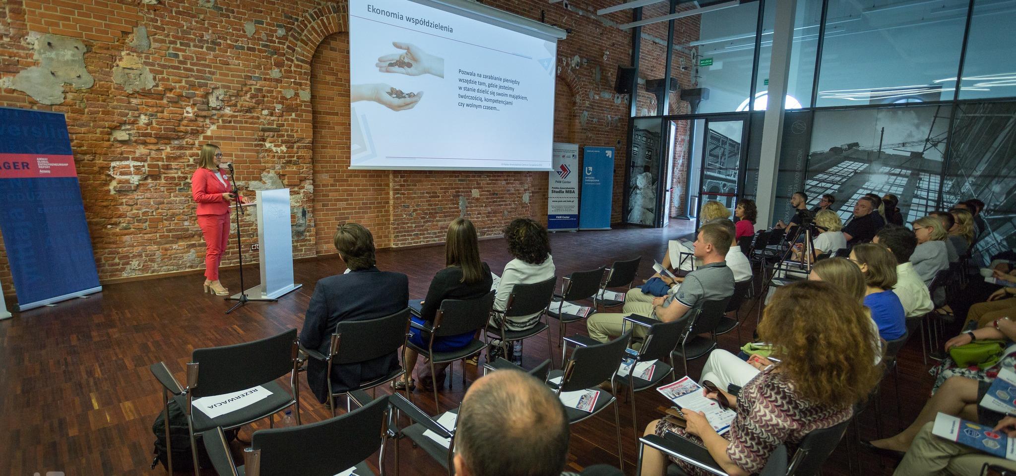 Smart Business in Smart City - debata PAM Center UŁ