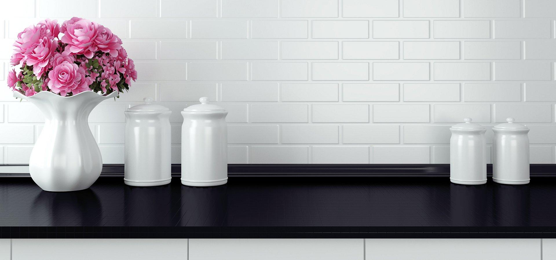 Wnętrza w tonacji czerni i bieli – postaw na ponadczasowość!
