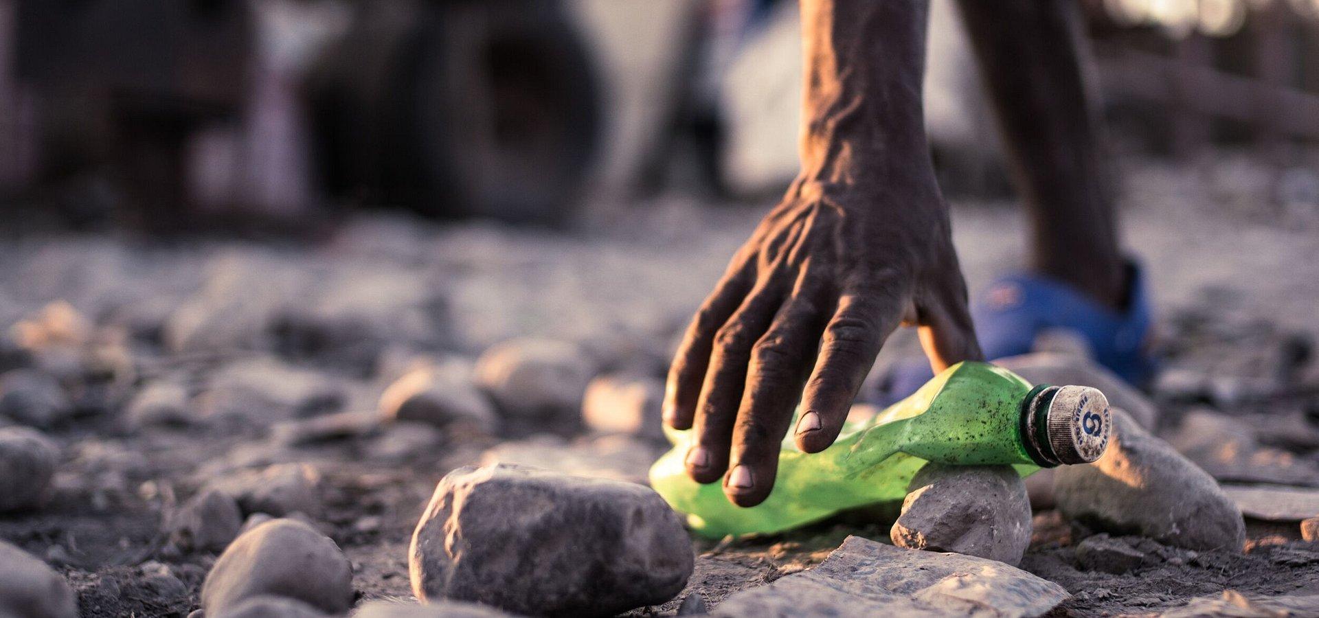 Nowe życie plastiku. PUMA i First Mile zapowiadają kolekcję butów wyprodukowanych z plastikowych butelek z recyklingu