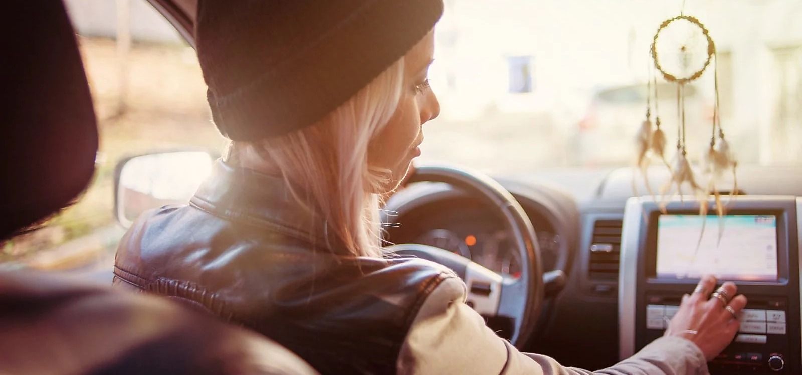 Polacy to pragmatyczni kierowcy, ale z fantazją