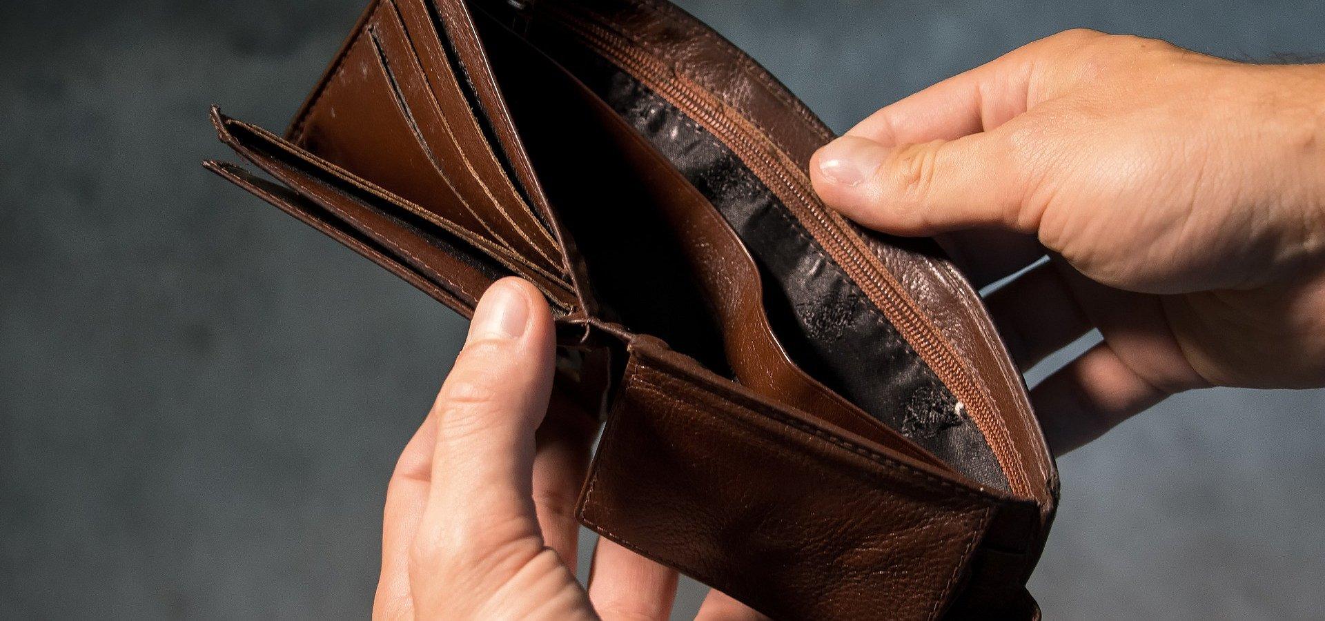 Farmaceuta w małopolsce zarabia słabo?