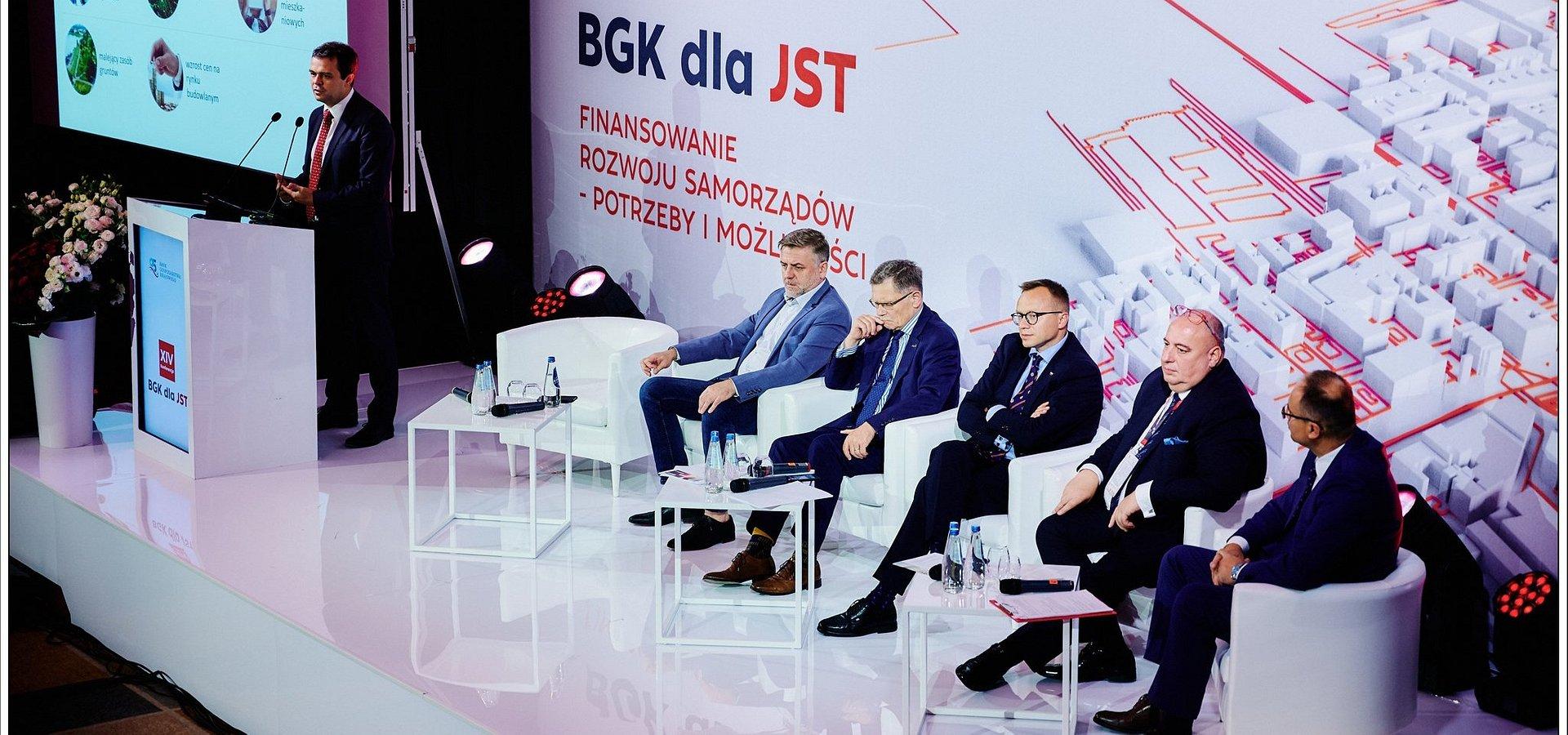 Z samorządami o nowej perspektywie budżetowej UE. Za nami XIV Konferencja BGK dla JST