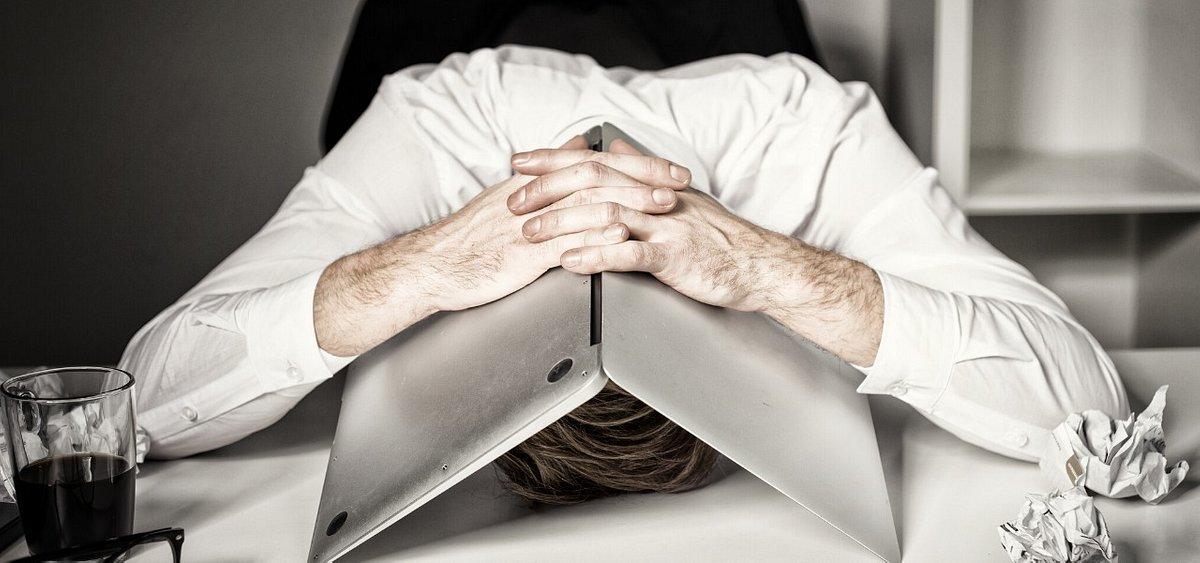 Zmienię pracę lub zwariuję – gdy nadchodzi ten moment… Oznaki wypalenia zawodowego