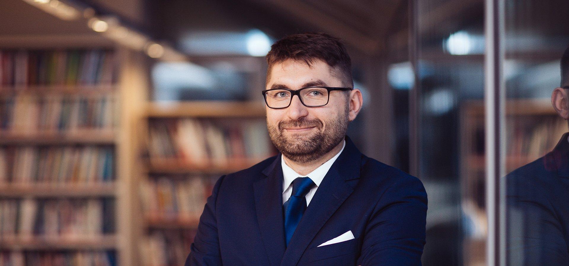 bezpieczeństwo i politologia:Jarosław Wojtas